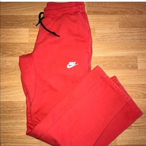 Red Nike Sweats ❤️